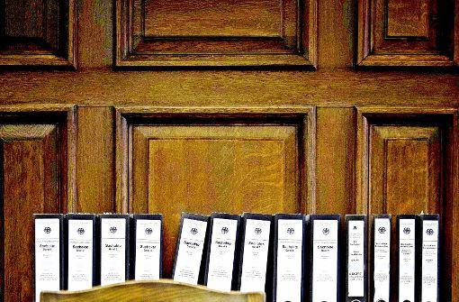 Sammelklagen gegen  Aktenberge: Verfahren könnten gebündelt werden. Foto: dpa, StZ