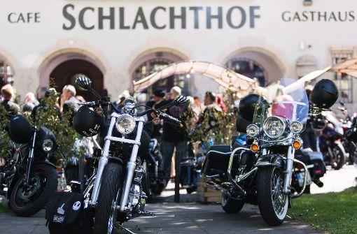 Swingtime zur  Parade der Harleys und Ami-Schlitten