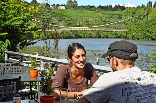 Von der Gaststätte Keefertal hat man einen schönen Blick auf den Neckar. In direkter Umgebung soll nun ein Wasserspielplatz für Kinder entstehen. Foto: Georg Linsenmann
