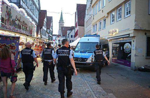 Beim Schorndorfer Straßenfest sind inzwischen deutlich mehr Polizisten im Einsatz. Foto: Gabriel Habermann