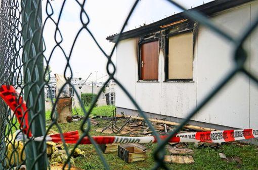 Flüchtlingshaus durch Brand schwer beschädigt
