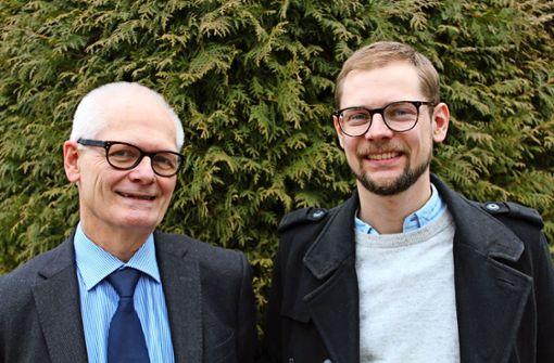 Ulrich-Michael Weiß  und sein Sohn Oliver streiten sich selten über Politisches. Foto: T. Baur