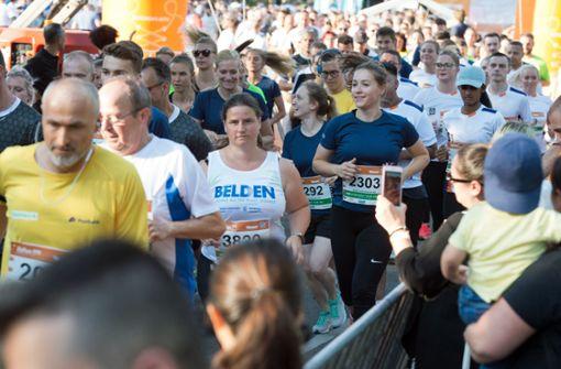 7700 Teilnehmer von rund 450 Unternehmen stellten ihre Fitness unter Beweis.  Foto: Lichtgut-Oliver Willikonsky