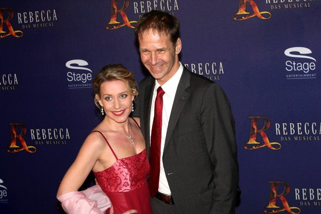 Die Musical-Darsteller Daniel Rakasz und Jenny Bach sind Hebefiguren ...