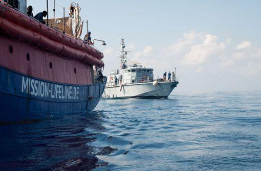 Deutsches Schiff mit Migranten darf nirgends anlegen