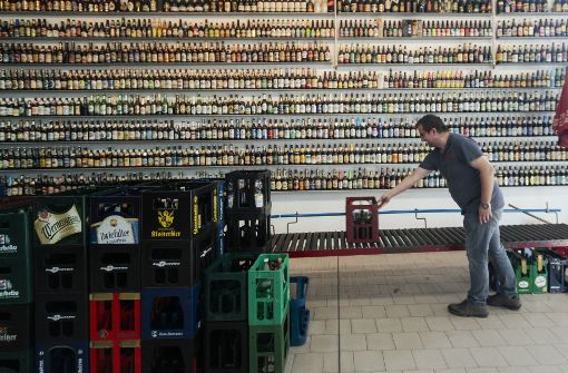 Bier in Deutschland: Zwischen Hopfen und Bangen - Wirtschaft ...
