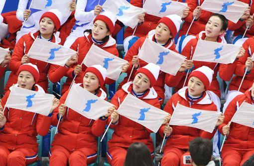 """Koreanische Wiedervereinigung beim Eishockey – """"Betthupferl"""" Teil 7"""