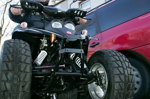 Quadfahrer bei Zusammenstoß schwer verletzt