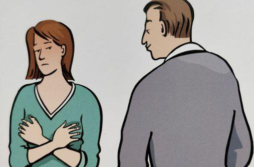BeimFrauenberatungszentrum kommen solche Bildkarten vom Bundesverband der Frauenberatungsstellen zum Einsatz. Foto: