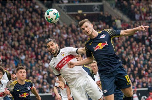 Timo Werner wird von den VfB-Fans mit Pfiffen und Sprechchören bedacht. Foto: dpa