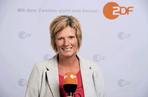 Claudia Neumann kommentiert Bayern gegen Frankfurt