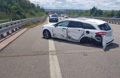 Der Fahrer dieses Ford war vermutlich für Sekunden am Steuer eingenickt. Foto: SDMG