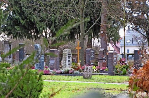 Auf dem Plieninger Friedhof gibt es derzeit knapp 200 freie Grabstellen, in Möhringen sind es 760. Foto: Judith A. Sägesser