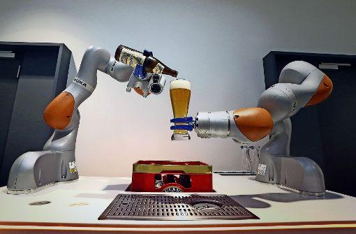 Der Einstieg des chinesischen Midea-Konzerns beim Roboterhersteller Kuka hat Wirbel verursacht. Foto: dpa