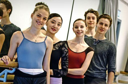 Fünf Tänzer, drei Kontinente