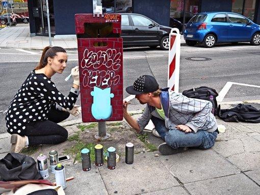 Kunst auf Kuttereimer