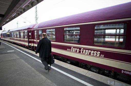 Nur geliehen: Die Wagen, die derzeit auf der Remsbahn fahren. Foto: Peter-Michael Petsch