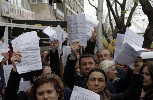 Opposition beantragt Annullierung von Referendum