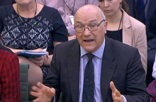 Oxfam-Chef Max Goldring entschuldigte sich am Dienstag vor einem Ausschuss des britischen Parlaments. Foto: AFP