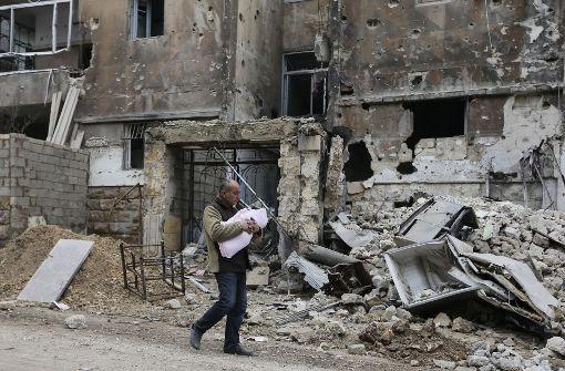 Zahlreiche Tote nach Luftangriff auf Schule