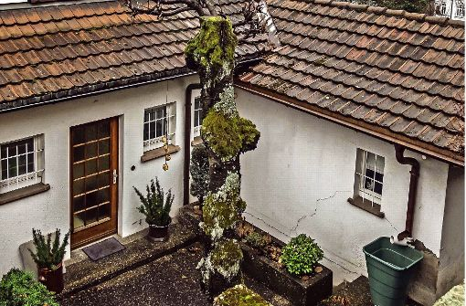 Risse sind am  Wohnhaus am Kriegsberg zu sehen. Foto: Lichtgut/Max Kovalenko