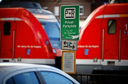 Zwei-Klassen-Gesellschaft auf dem Parkplatz