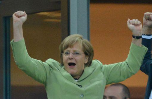 """Merkel: """"Wir wurden alle auf die Folter gespannt"""""""