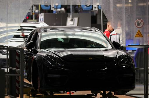 Porsche ruft fast 75 000 Panamera zurück