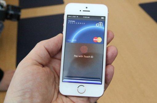 Wie erwartet  hat Apple am Montag ein kleineres iPhone präsentiert. Foto: dpa