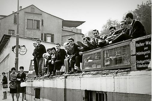 Unter den Resten dieses Hauses an der Neckarstraße 77 befand sich der Young People Club.  Foto: Dieter Bühl/Copyright: Rolf Sperlich