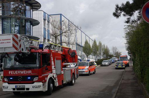 Mit 25 Einsatzkräften rückte die Feuerwehr zum Brandort nach Weilheim aus. Foto: SDMG