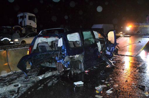 Unfall mit neun Fahrzeugen sorgt für 16 Kilometer Stau