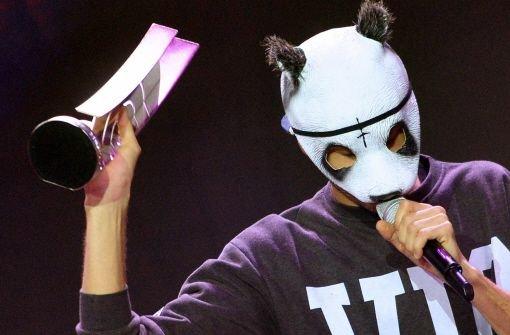 Der Stuttgarter Rapper Cro kann mit dem Ausgang der Echo-Verleihung zufrieden sein: Er siegte in den Kategorien Newcomer und Hip-Hop. Foto: dpa