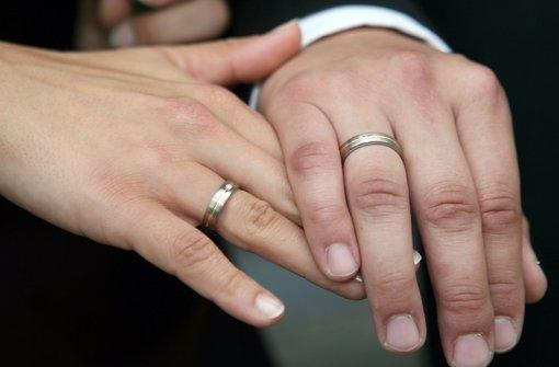 Zwei Polizeieinsätze am Tag der Hochzeit