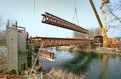 Brückenschlag über den Neckar für den ICE