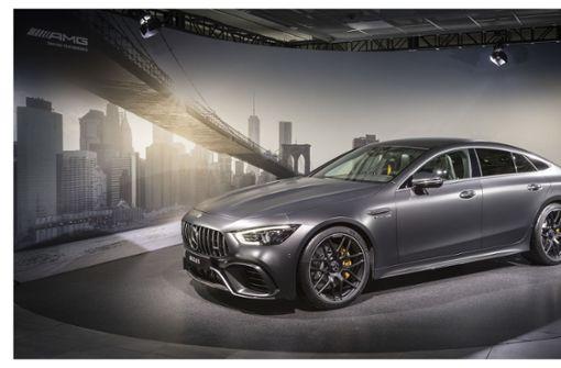Der Mercedes-AMG C63 S Coupé benötigt auf 100 Kilometer ca. 10,4 bis 9,9 Liter Treibstoff.  Foto: MediaPortal Daimler AG