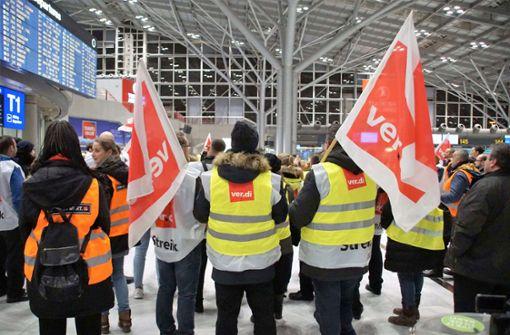 """""""Streikexzess"""" an Flughäfen kritisiert"""