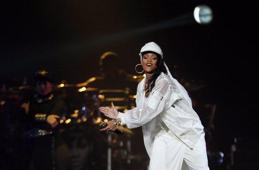 Rihanna eckt mit Moscheebesuch an