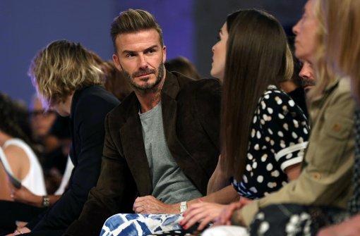 """Er sei """"sehr stolz"""" auf seine Frau, schrieb David Beckham auf Instagram. """"Was für eine tolle Show. Gut gemacht, Mum"""", gratulierte Brooklyn. Victoria  postete auf Instagram eine Karte ihrer Kinder mit der Aufschrift: """"Viel Glück mit der Show, wir lieben dich, Brooklyn, Romeo, Cruz und Harper"""". Foto: AFP"""