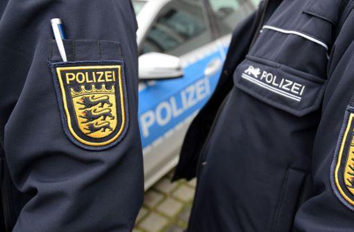 Ein junger Mann beleidigte in Heidenheim Polizisten (Symbolfoto). Foto: dpa