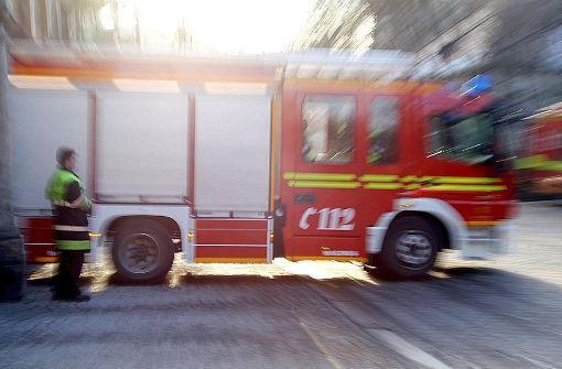 Die Feuerwehr ist am Freitagabend zu einem Einsatz am Autobahnkreuz Stuttgart ausgerückt. Foto: dpa