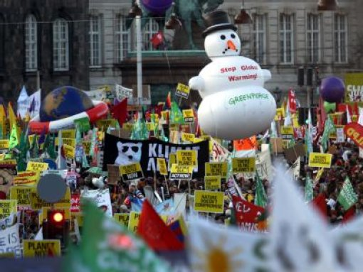 Zehntausende bei Klima-Demonstrationen