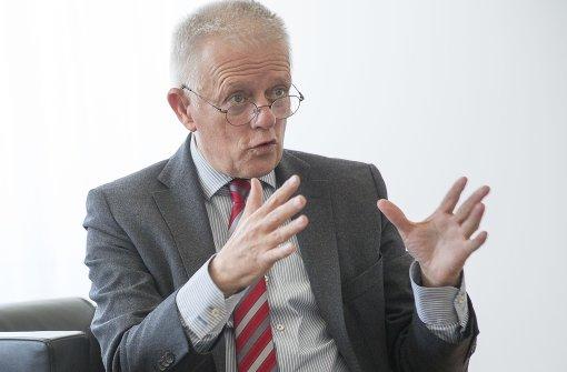 """Kuhn möchte sich für einen """"Feinstaubalarm plus"""" einsetzen. Foto: Lichtgut/Leif Piechowski"""