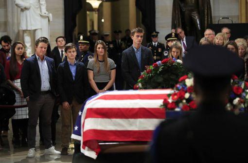 Tausende erweisen Ex-Präsident Bush die letzte Ehre
