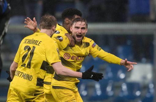 Dortmund mit Glück weiter