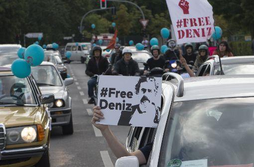 Geburtstagskorso für inhaftierten Journalisten