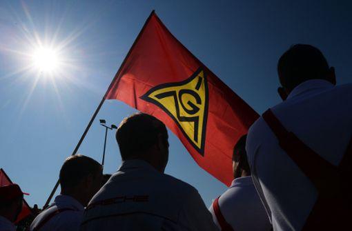 2500 Teilnehmer bei Warnstreik