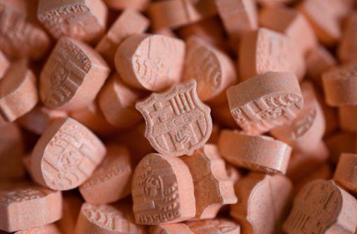 Passanten vermuten Notfall – Polizei findet Drogen