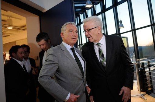 Der baden-württembergische Ministerpräsident Winfried Kretschmann (rechts) und der CDU-Landesvorsitzende Thomas Strobl Foto: dpa