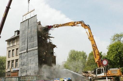 ... dass sie unter Denkmalschutz standen. Die Häuser wurden dennoch ... Foto: Kraufmann